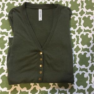 Zenana Outfitters snap front cardigan army green